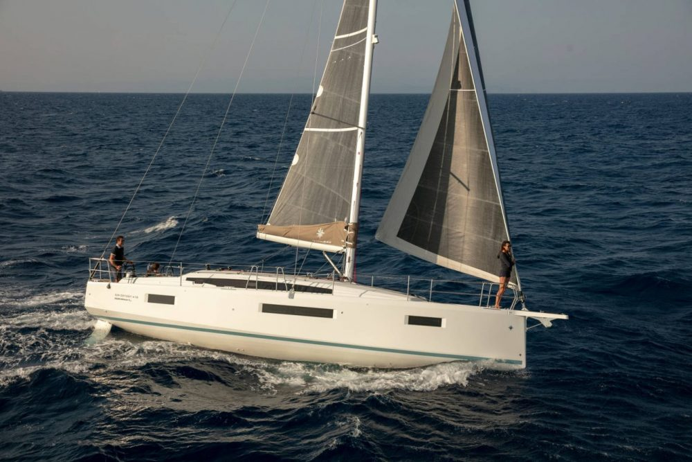 Jeanneau 410 Available NOW